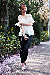 SecretFashion Love - Asos Strapless Shirt, Zara Leather Leggins, Michael Kors Cross Body Bag - Strapless