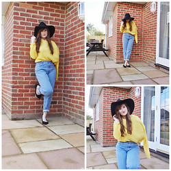 Rebecca Armstrong - River Island Fedora Hat, Glamorous Uk Canary Yellow Knit Jumper, Levi's® Vintage Levis - Sporting A Fashionable Broken Arm!