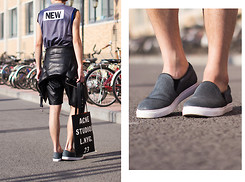 Judas Lee - Acne Studios Rumor Tote, Acne Studios Zone Music Tank Top, Pony Hair Slip On Sneakers - MUS!C