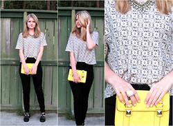 Laura P - Forever 21 Boxy Tee, Forever 21 High Waisted Skinny Jeans, Jelly Sandals - They Were All Yellow