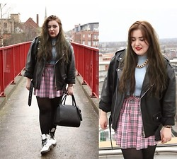 Abby Robson - Primark Jumper, Daisy Street Skirt, Oasis Market Jacket, Doc Marten Shoes, H&M Bag, Topshop Necklace - Clueless