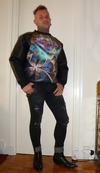 Will Bienvu - Dacha Neoprene Sweater, Cps Chaps Clothing Big Ass Rockband Special Project Episode 2, Ankle Cowboy Boots - Psychedelic neoprene