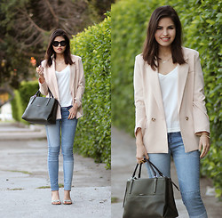 Adriana Gastélum - Chic Wish Blush Blazer, Sheinside Patched Jeans, Coach The Borough Bag, Dolce Vita Snake Print Sandals - Blushed Sunday