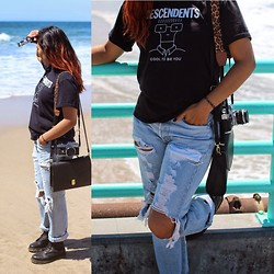Alexis Fabiola - Forever 21 Side Bag, Dr. Martens Classic Black Docs, Canon Ft Ql Slr, Long Beach Flea Market Diy Jeans - Seaside