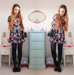 Amelia Breading - Hearts & Bows Floral Dress, Topshop Chunky Boots - FLORAL GRUNGE