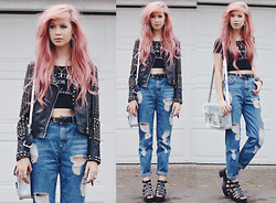 Amy Valentine - Missguided Studded Leather Jacket, Wolf & Wander No Cure For Wanderlust Crop Top, Bdg Ripped Mom Jeans, Boohoo Ciara Chunky Black Sandals, Zatchels Holographic Satchel - NO CURE FOR WANDERLUST