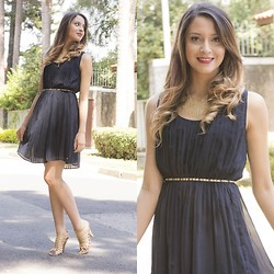 Ingrid Lemos - Tommy Hilfiger Navy Blue, Milton Galvani Photography - Navy Blue Dress