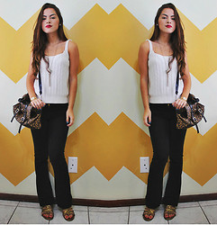 Bárbara Kohls - H&M Flare Pants, Knit Shirt, Marisa Leopard Alexa Bag, Gladiator Sandals - The classic