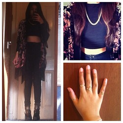 Khursheed Hussain - Topshop Joni High Waisted Jeans, Ebay Biker Boots, Miss Selfridge Velvet Kimono, Gold Chain Necklace, Primark Black Crop Top, Topshop Triangle Ring, Casio Gold Watch - Kimono and jeans