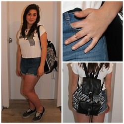 Shay - Brandy Melville Usa White Tee With Pistol, Zara High Waisted Jeans Short, Kruidvat Tribal Printed Bag, Berska Above Knuckle Rings, Vans Grey And Black - I will never forget