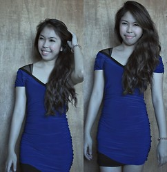 Rhea Inot - Blue Dress - Blue is the color of the day