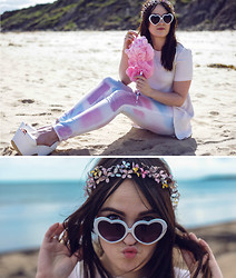 Rachael Dobbins ♡ - Wildfox Couture Tie Dye Jeans, Topshop Pale Pink Tee, Zerouv Heart Sunglasses - WILDFOX Candy