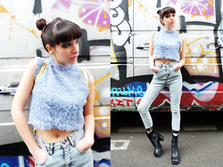 Barbara Malewicz - Somewhere Nowhere Fluffy Crop Top, Asos High Waisted Denim, Buffalo Vintage Leather Boots - Chouquettes and nineties vibe