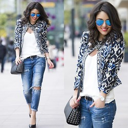 Zipy Personalshopper - Mango Quilted Jacket, Ray Ban Shades, Mango Silk Top, Zara Jeans, Michael Kors Bag, Michael Kors Heels - Beautiful blue