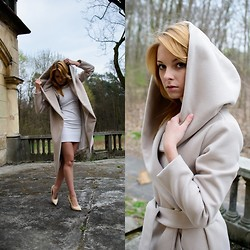Izabela Żukowska -  - Lovely Things Coat.