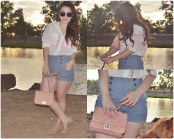 Hildeliza Martinez - Quilted Bag, Zara Highwaisted Navy Shorts, C&A Camel Flats - Sunday of love