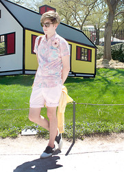 Matticus Nightshade - Aldo Saddle Shoes, H&M Pink Pastel Shorts, Forever 21 Pastel Blossom Shirt, Ray Ban Polarized Sun Shades, Thecampsite.Storenvy.Com Plush Doughnut Pin, House, Roy Lichtenstein - Smithsonian Sculpture Garden