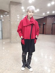 La Ying - Chorux Red Coat, Rick Owens Leather Boots, Leather Pants - Red Alert
