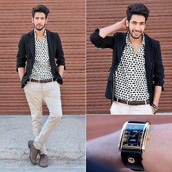 HAMID KHOUYI - Zara Classy, Stark Street Black And White Elephant Print Shirt, La Mer Collections Golden - Clothes make the man
