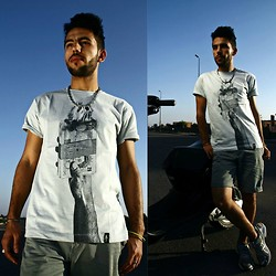 Khalil Alaoui - Dirtyvelvet Tee, Short, Sneaker - Burn Money
