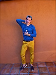 Luke Richard - Lululemon Hat, Theory Yellow Pants - Behind the Scenes