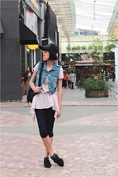 Yunita Yapi - New Look Black Oxfords, Converse Black Backpack - The Explorer