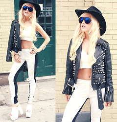 Rachel Lynch - 80s Purple Blue Sunglasses, Evleo La White And Black Leggings, Yru White Platforms, Unif Stud Jacket - White and leather