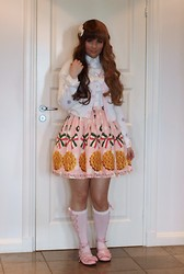 Denise Elliot S - Emily Temple Cute Skirt, Angelic Pretty Dot Cardigan, Angelic Pretty Pink Tea Party Shoes - Biscuits