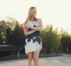 Izzy Bea - Finders Keepers The Label Palm Tree Dress - PALM SPRINGS