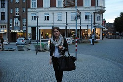 Carolin . - Forever 21 Bag, H&M Scarf, Dr. Denim Black Jeans, Zara Leather Jacket - Vacation time