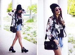 Sofia Reis - Zerouv Sunnies, Vitstyle Jacket, Sheinside Shorts, Zara Bag, Dresslily Shoes - BLOOM