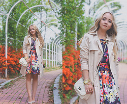 Olga Choi - On Sixth Cloud Dress, Mart Of China Bag, Michael Kors Trench Coat, Persun Necklace, Michael Kors Watch - Easter flowers