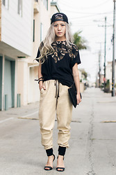 Eugénie Grey - Marcelo Buron Moon Tee, Stylestalker Go For The Gold Pants, Heels - The Rabbit and the Serpent