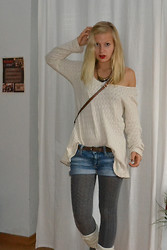 Annika Summer - Brandy Melville Usa Sweater, Meltingpot Jeans Shorts, H&M Fake Leather Bag, Boss Orange Brown Leater Belt - Mollig warme Wolle ^.^