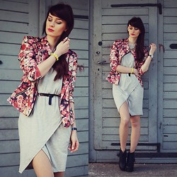 Katarzyna KOKA Konderak - Jacket, Dress, Boots - Grey dress & floral jacket.