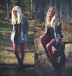 Nymphaea H - Sheinside Aztec Denim Jacket, Gina Tricot Black Shirt, Black Milk Clothing Drogon Dragon Egg Hwmf Leggings, Black Boots - Dracarys