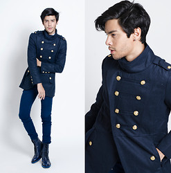 Vini Uehara - Trench Coat, Guidomaggi Shoes - Go Blue!