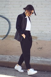 Elif Filyos - H&M Wool Blazer, Zara Tapered Trousers, Frontrowshop Buckled Belt, Nike Air Force1 - May The Force