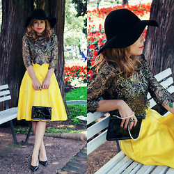 Priscila Diniz - Red Lipstick, Lace Gold Top, Hat, M. Leon Leather And Pearls Bag, Pumps, Yellow Midi Skirt - Close to you