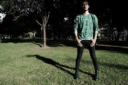 Louis FR - Dr. Martens Green, Bershka Skinny Pants, Gosh Plants (: - Back To Green