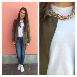 G C - Stradivarius Military Jacket, Mango T Shirt, Necklace, Primark Belt, Blanco Jeans, Converse Tenis - Back to school