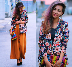 Queen Horsfall - Chic Wish Flower Print, Kpopsicle Wide, Sigmapixi, Forever 21 Flower - Must Have: Floral blazer