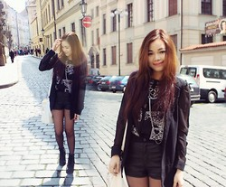 Nhi Pham - Forever 21 Black Shirt, H&M Black Leather Short, Primark Blazer, Primark Black Boots - All black things