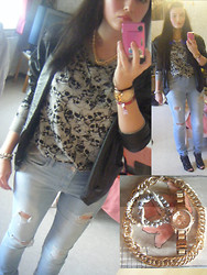 Rychelle - H&M Skull Sweater, Zara Destroyed Jeans, Miss Sixty Heels, H&M Necklace - 80's vest