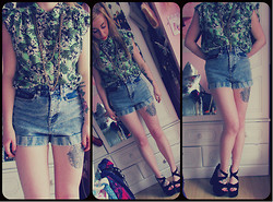 Catt A - Forever 21 Necklace, River Island Shirt, River Island Denim Shorts, New Look Wedges - 'urry up summer!