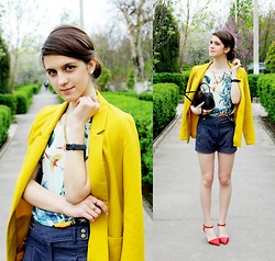 Alina Krasnaya - H&M Blazer, New Look Shorts, H&M Top, Pull & Bear Heels - HAWAIIAN PRINT