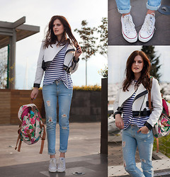 Viktoriya Sener - Chic Wish Jacket, Zara Tee, M2f Jeans, Accessories Backpack, Converse Trainers - IT'S NOT THAT CLOUDY