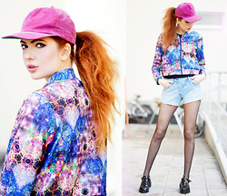 Ebba Zingmark - Junkyard Jacket, Levi's® 501™ Shorts, 2hand Snapback, Le Bunny Bleu Sandals - Until I turn back again