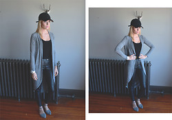 Paige E - H&M Hat, New Look Cardigan, Topshop Tank, H&M Leather Pants, Aldo Sandals - 005 Baby Grey