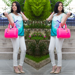 Emel Acar - Paul's Boutique Bag, Romwe Leggings - Think Pink